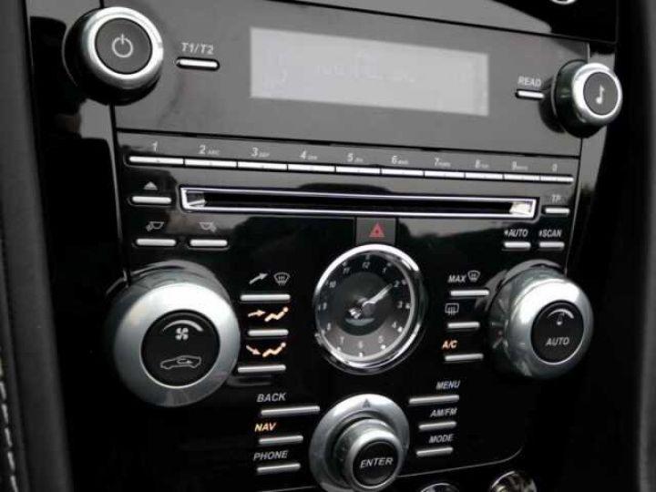 Aston Martin V8 Vantage Ceramic Grey métal - 16