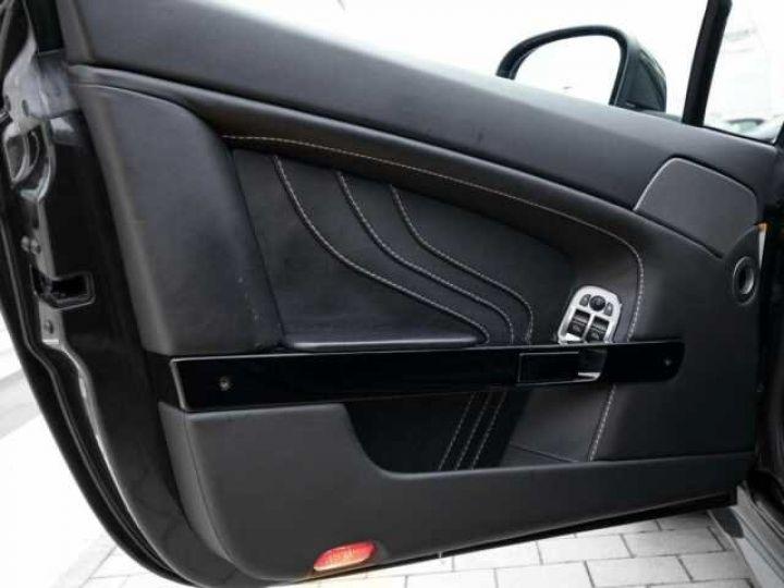 Aston Martin V8 Vantage Ceramic Grey métal - 20