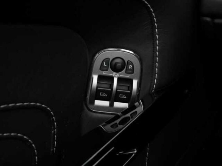 Aston Martin V8 Vantage Ceramic Grey métal - 21