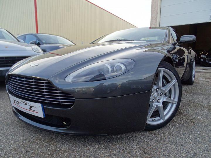 Aston Martin V8 Vantage AMV8 4.3L 390Ps BV6 32Km VN 118300e gris meteorite - 1