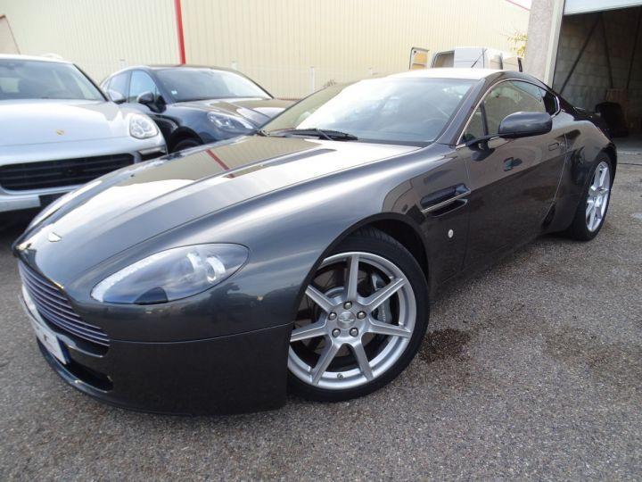 Aston Martin V8 Vantage AMV8 4.3L 390Ps BV6 32Km VN 118300e gris meteorite - 3