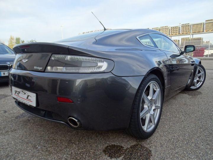 Aston Martin V8 Vantage AMV8 4.3L 390Ps BV6 32Km VN 118300e gris meteorite - 8
