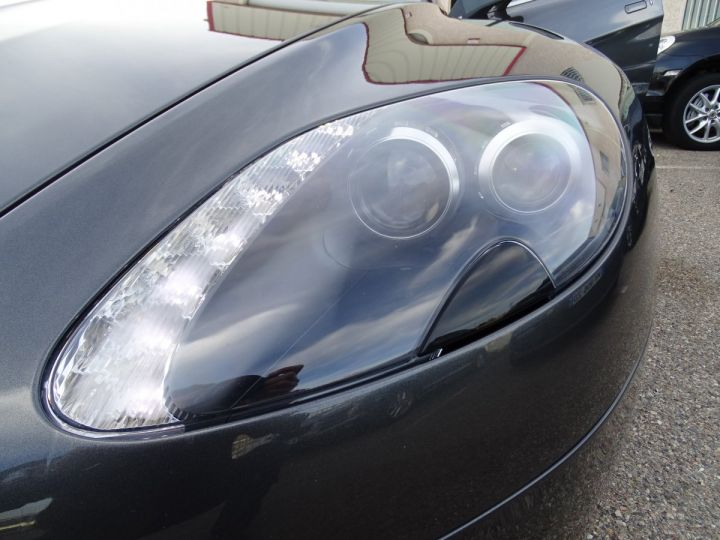 Aston Martin V8 Vantage AMV8 4.3L 390Ps BV6 32Km VN 118300e gris meteorite - 17