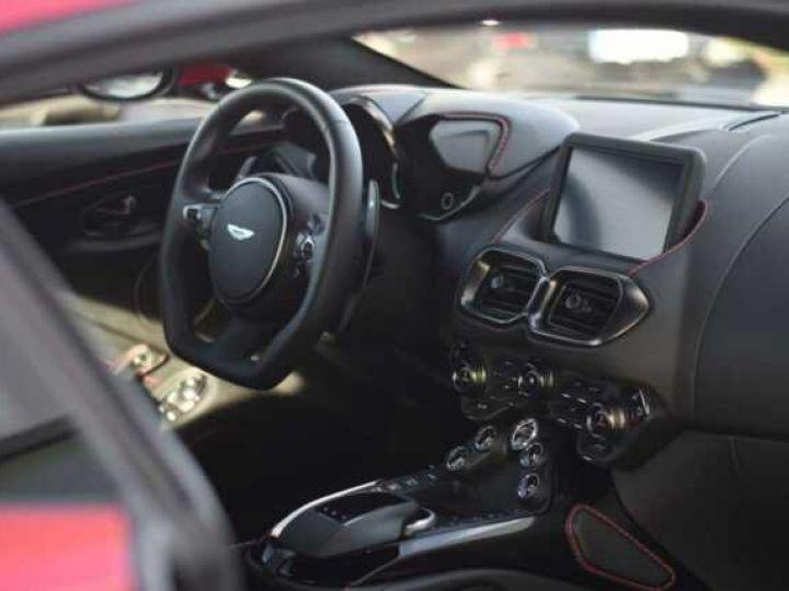 Aston Martin V8 Vantage BODYPACK BLACK Hyper Red - 5