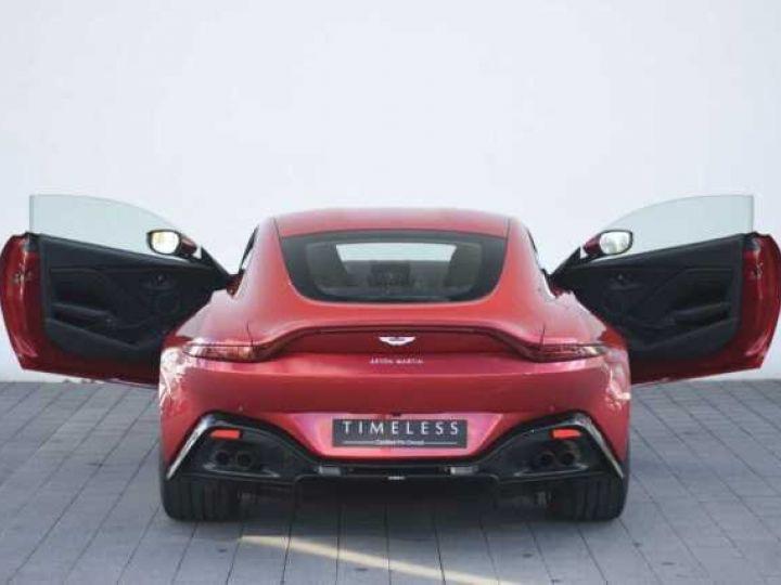 Aston Martin V8 Vantage BODYPACK BLACK Hyper Red - 15