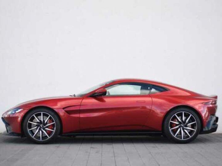 Aston Martin V8 Vantage BODYPACK BLACK Hyper Red - 16