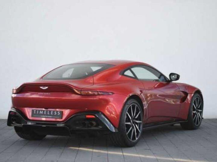 Aston Martin V8 Vantage BODYPACK BLACK Hyper Red - 17