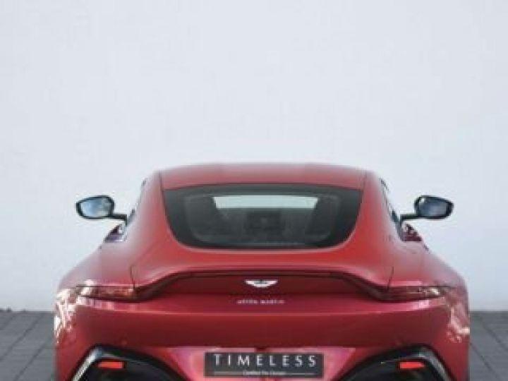 Aston Martin V8 Vantage BODYPACK BLACK Hyper Red - 19