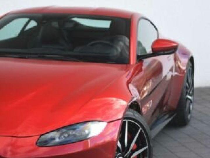 Aston Martin V8 Vantage BODYPACK BLACK Hyper Red - 21