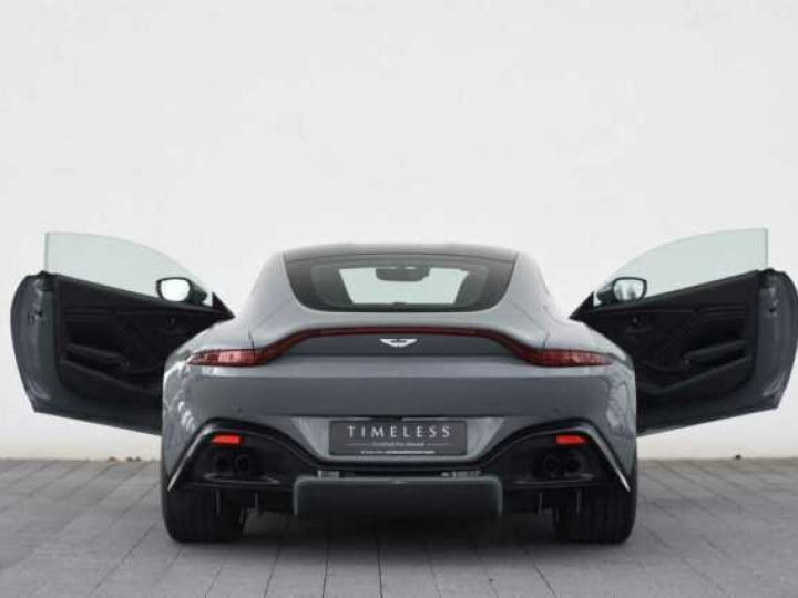 Aston Martin V8 Vantage BODYPACK BLACK#PACK SPORT PLUS China Grey - 3