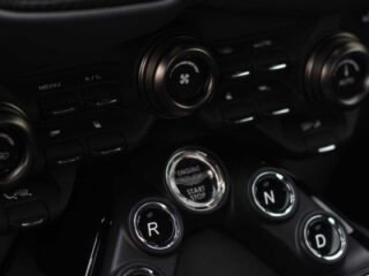 Aston Martin V8 Vantage BODYPACK BLACK#PACK SPORT PLUS China Grey - 11