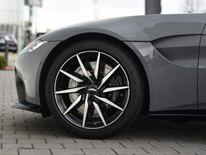Aston Martin V8 Vantage BODYPACK BLACK#PACK SPORT PLUS China Grey - 17