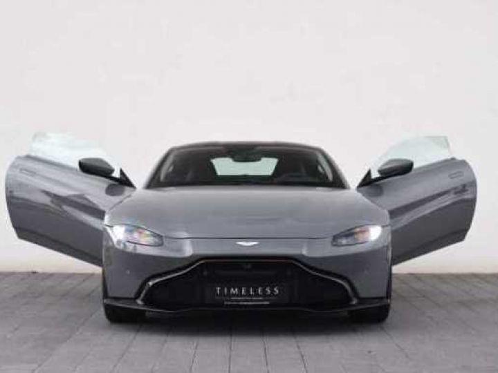 Aston Martin V8 Vantage BODYPACK BLACK#PACK SPORT PLUS China Grey - 19