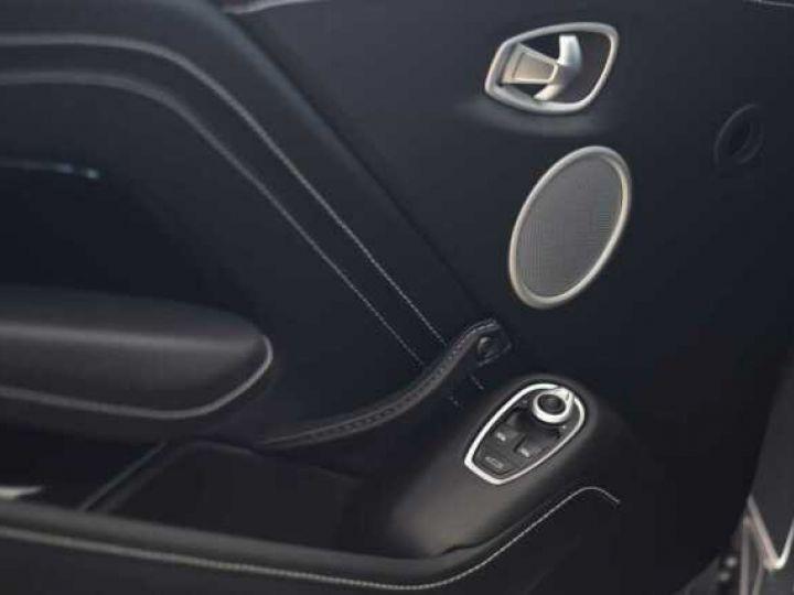 Aston Martin V8 Vantage Exterior Black Pack China Grey - 19