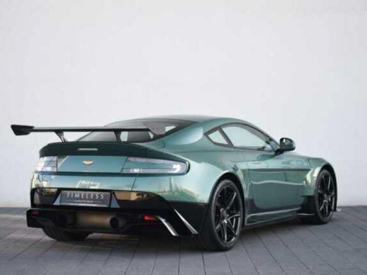 Aston Martin V8 Vantage GT8 AM Racing Green - 3
