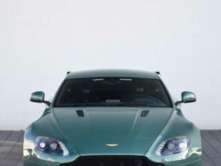 Aston Martin V8 Vantage GT8 AM Racing Green - 7