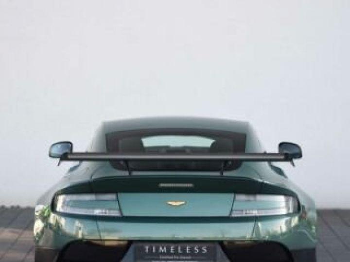 Aston Martin V8 Vantage GT8 AM Racing Green - 8