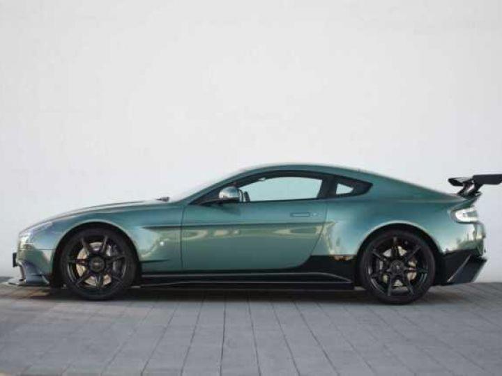 Aston Martin V8 Vantage GT8 AM Racing Green - 9