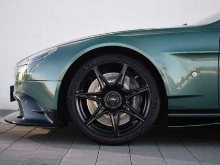 Aston Martin V8 Vantage GT8 AM Racing Green - 10