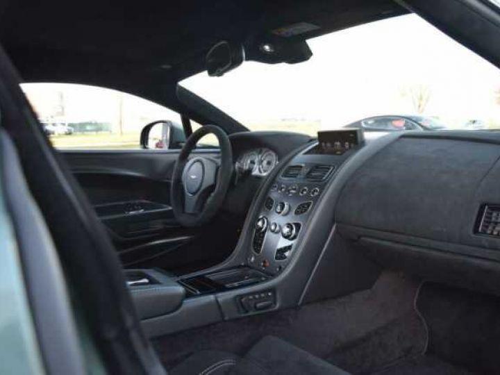 Aston Martin V8 Vantage GT8 AM Racing Green - 12