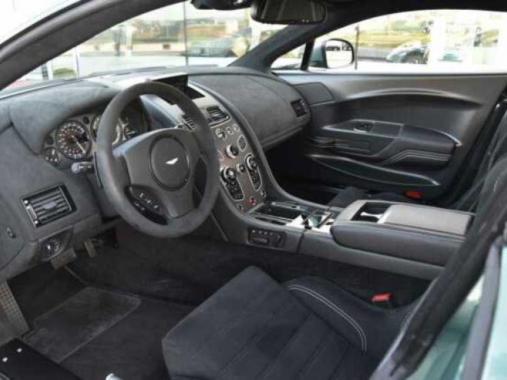 Aston Martin V8 Vantage GT8 AM Racing Green - 15