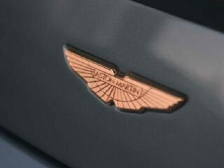 Aston Martin V8 Vantage GT8 AM Racing Green - 19