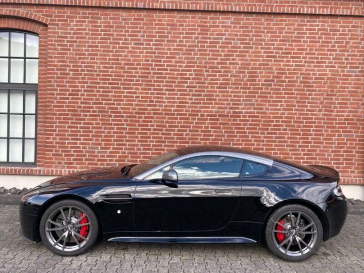 Aston Martin V8 Vantage # N430 # Noir - 6