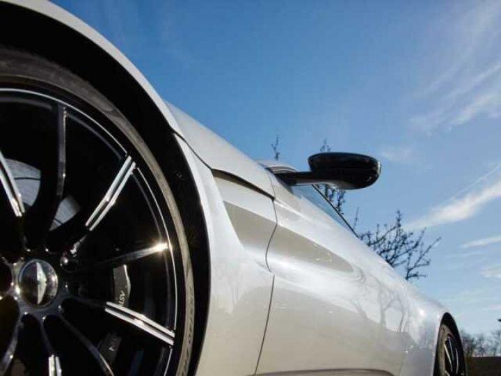 Aston Martin V8 Vantage New Vantage Morning Frost White - 4
