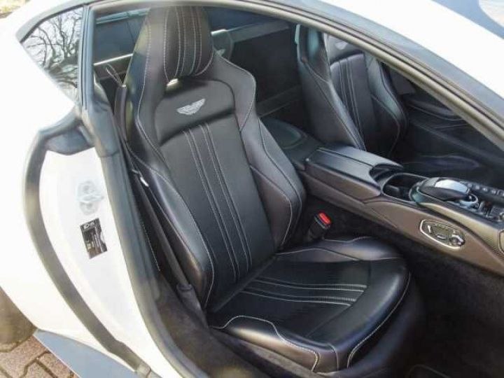 Aston Martin V8 Vantage New Vantage Morning Frost White - 6