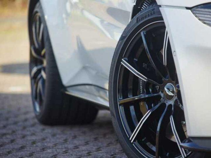 Aston Martin V8 Vantage New Vantage Morning Frost White - 8