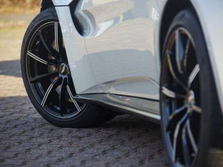 Aston Martin V8 Vantage New Vantage Morning Frost White - 9