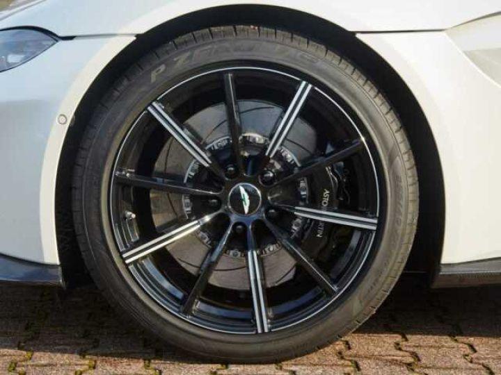 Aston Martin V8 Vantage New Vantage Morning Frost White - 10