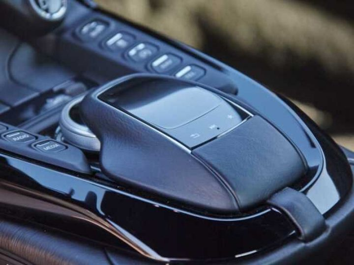 Aston Martin V8 Vantage NEW VANTAGE#BODYPACK BLACK White Stone (AML SPECIAL) - 17
