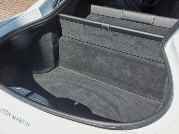 Aston Martin V8 Vantage NEW VANTAGE#BODYPACK BLACK White Stone (AML SPECIAL) - 21