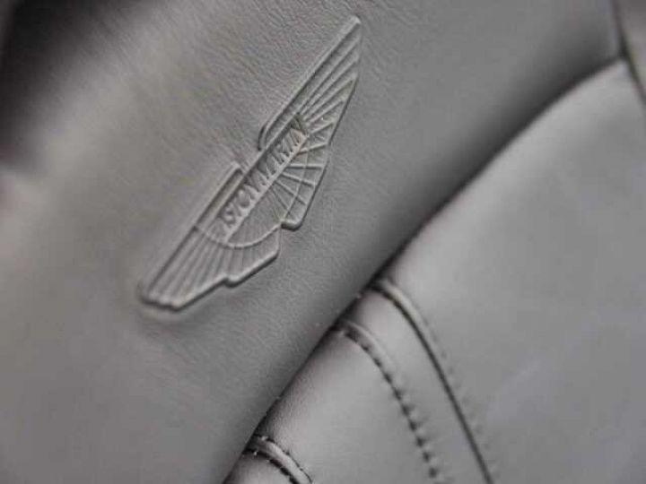 Aston Martin V8 Vantage NEW VANTAGE#Bodypack Black#Pack Sport Plus Midnight Blue métal - 13