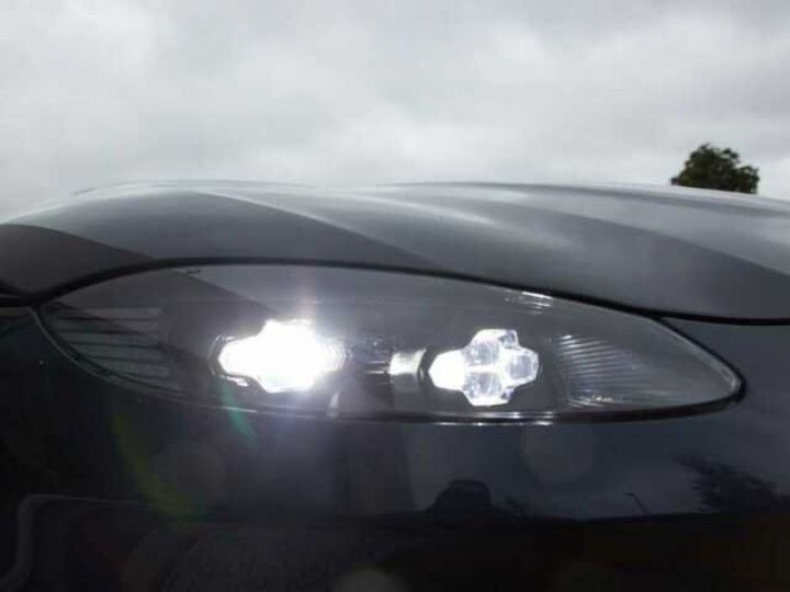 Aston Martin V8 Vantage NEW VANTAGE#Bodypack Black#Pack Sport Plus Midnight Blue métal - 19