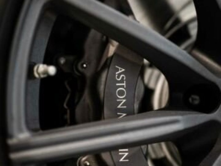 Aston Martin V8 Vantage NEW Vantage # Lime Essence  Lime Essence - 7