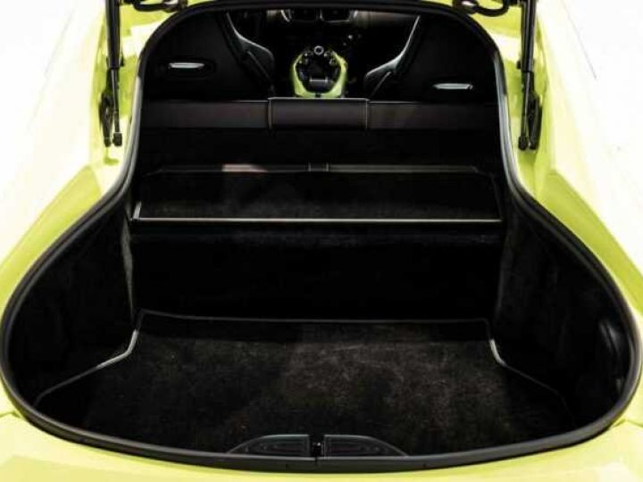 Aston Martin V8 Vantage NEW Vantage # Lime Essence  Lime Essence - 19