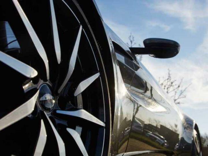 Aston Martin V8 Vantage New Vantage # Pack Black extérieur Magnetic silver métal  - 6