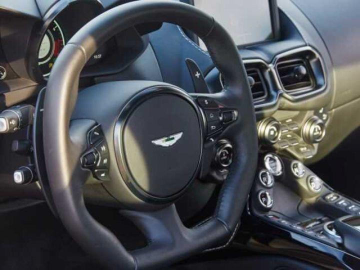 Aston Martin V8 Vantage New Vantage # Pack Black extérieur Magnetic silver métal  - 10