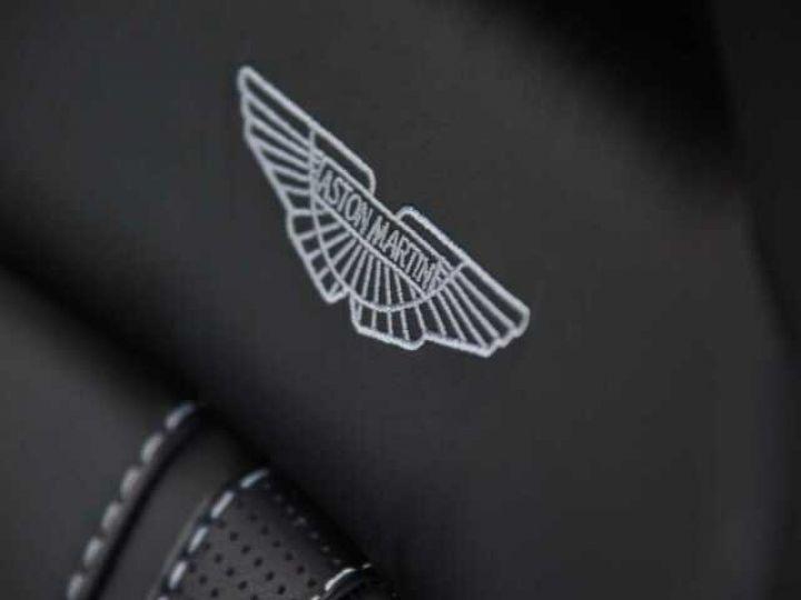 Aston Martin V8 Vantage New Vantage # Pack Black extérieur Magnetic silver métal  - 20