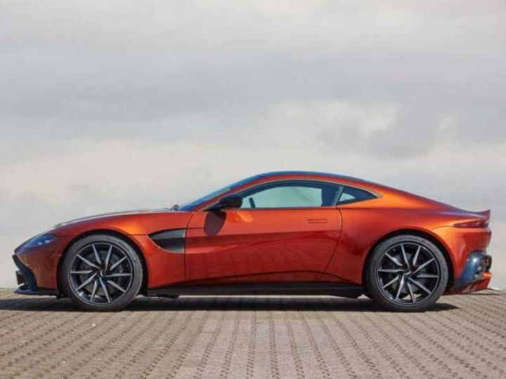 Aston Martin V8 Vantage NEW VANTAGE#PACK SPORT PLUS#BODYPACK BLACK Cinnabar Orange métal - 3