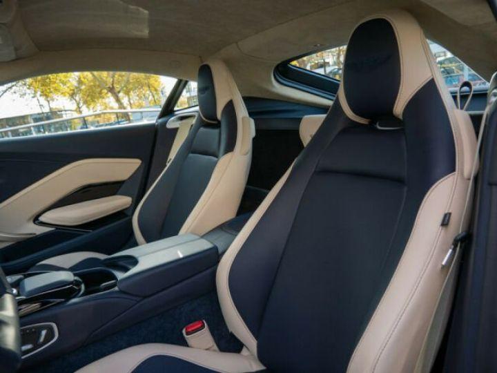 Aston Martin V8 Vantage Pack extérieur Black#cuir bicolore Midnight blue métal - 3