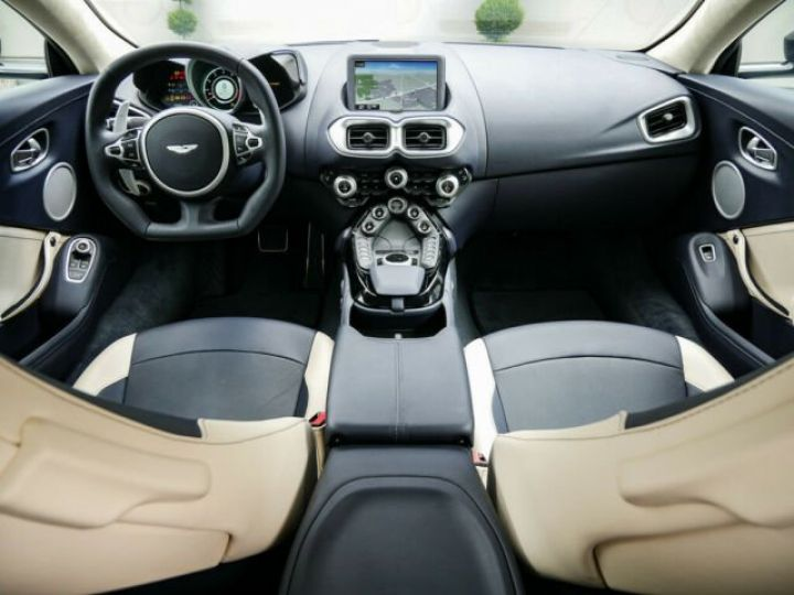 Aston Martin V8 Vantage Pack extérieur Black#cuir bicolore Midnight blue métal - 4