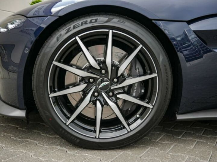 Aston Martin V8 Vantage Pack extérieur Black#cuir bicolore Midnight blue métal - 11