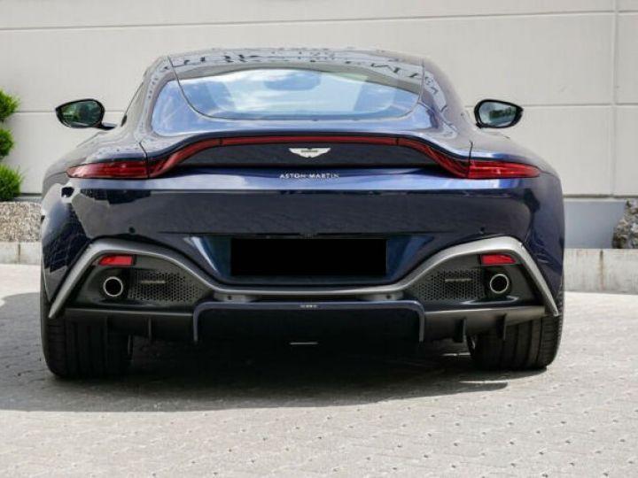 Aston Martin V8 Vantage Pack extérieur Black#cuir bicolore Midnight blue métal - 14