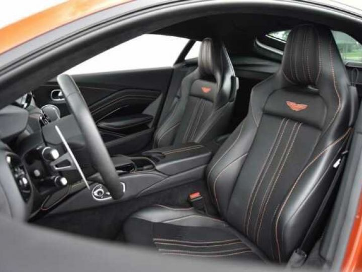Aston Martin V8 Vantage Pack Sport Plus#Pack Exterior Black #Pack Comfort Cinnabar Orange métal - 3