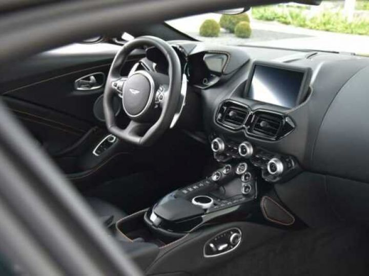 Aston Martin V8 Vantage Pack Sport Plus#Pack Exterior Black #Pack Comfort Cinnabar Orange métal - 4