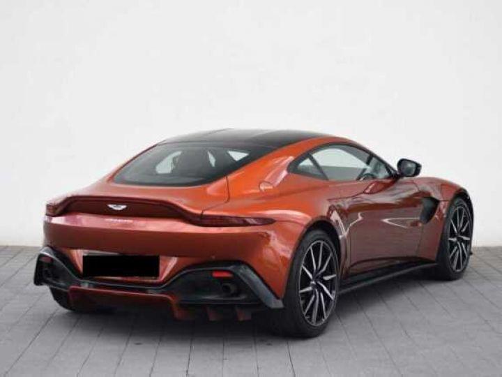 Aston Martin V8 Vantage Pack Sport Plus#Pack Exterior Black #Pack Comfort Cinnabar Orange métal - 9