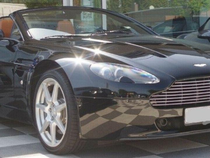 Aston Martin V8 Vantage ROADSTER 4.3 385  BVA6 noir métal - 1